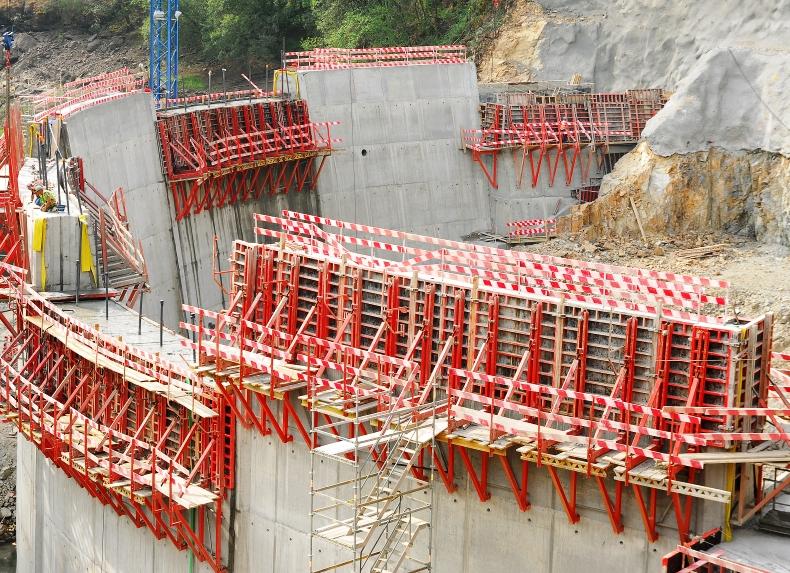 Venda Nova III – Nova Central Hidroelectrica – Imagens da construção
